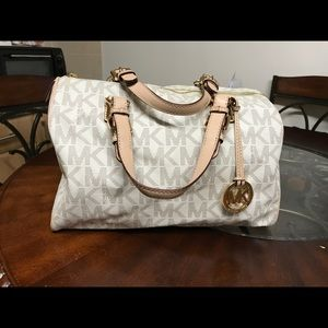 MK purse with matching wallet